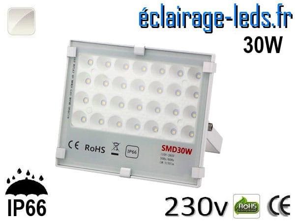 Projecteur LED exterieur Ultra plat 30W IP66 blanc 230v
