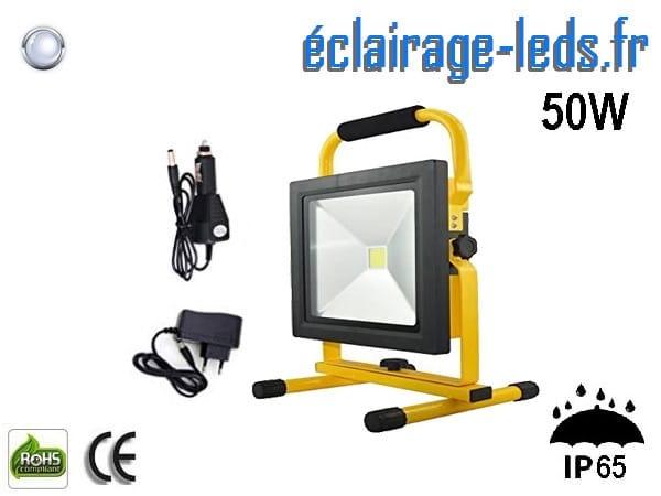 Projecteur LED 50w autonome blanc IP65